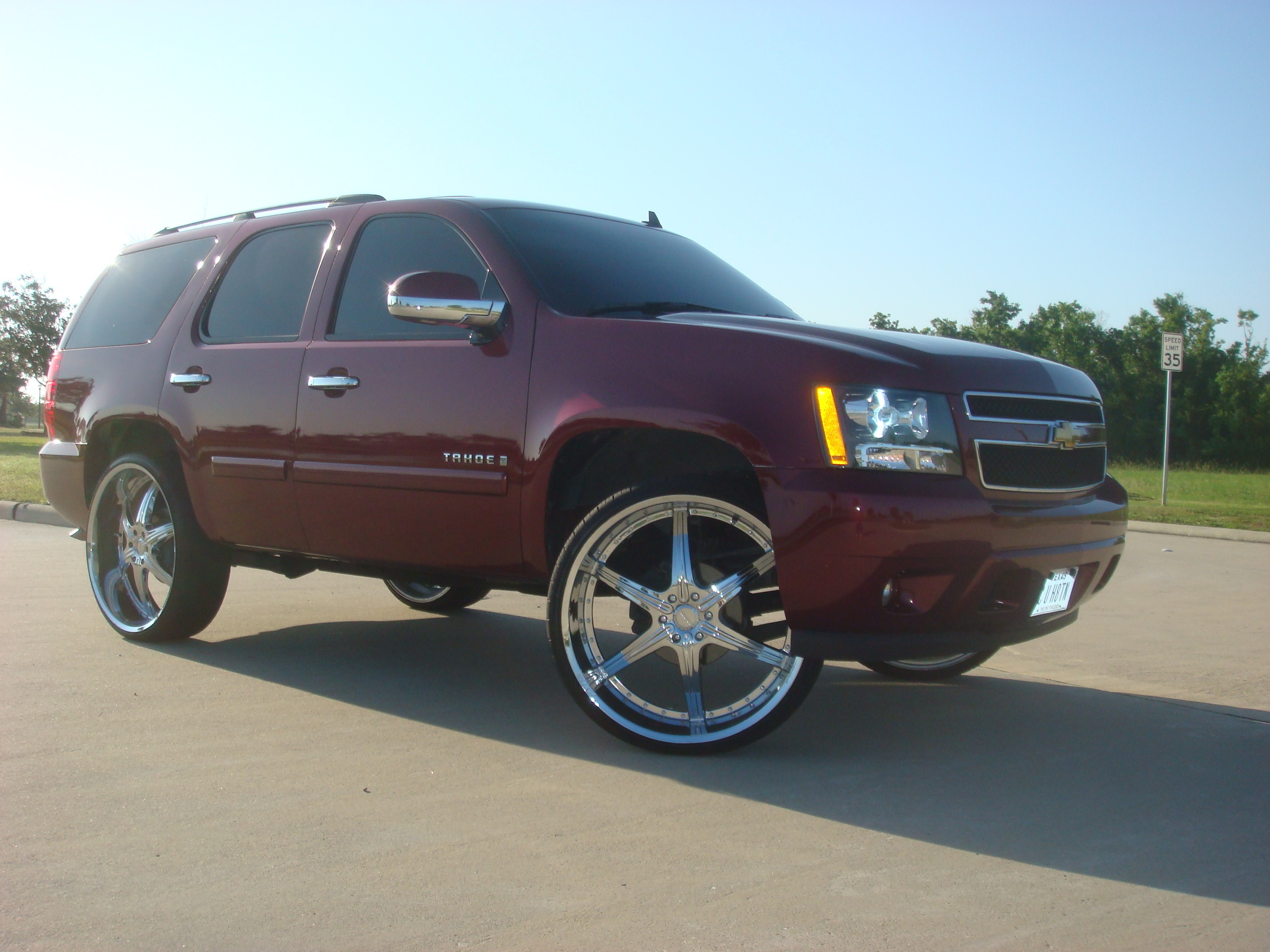 Str8304 2 2008 Chevrolet Tahoe Specs Photos Modification Info At Cardomain