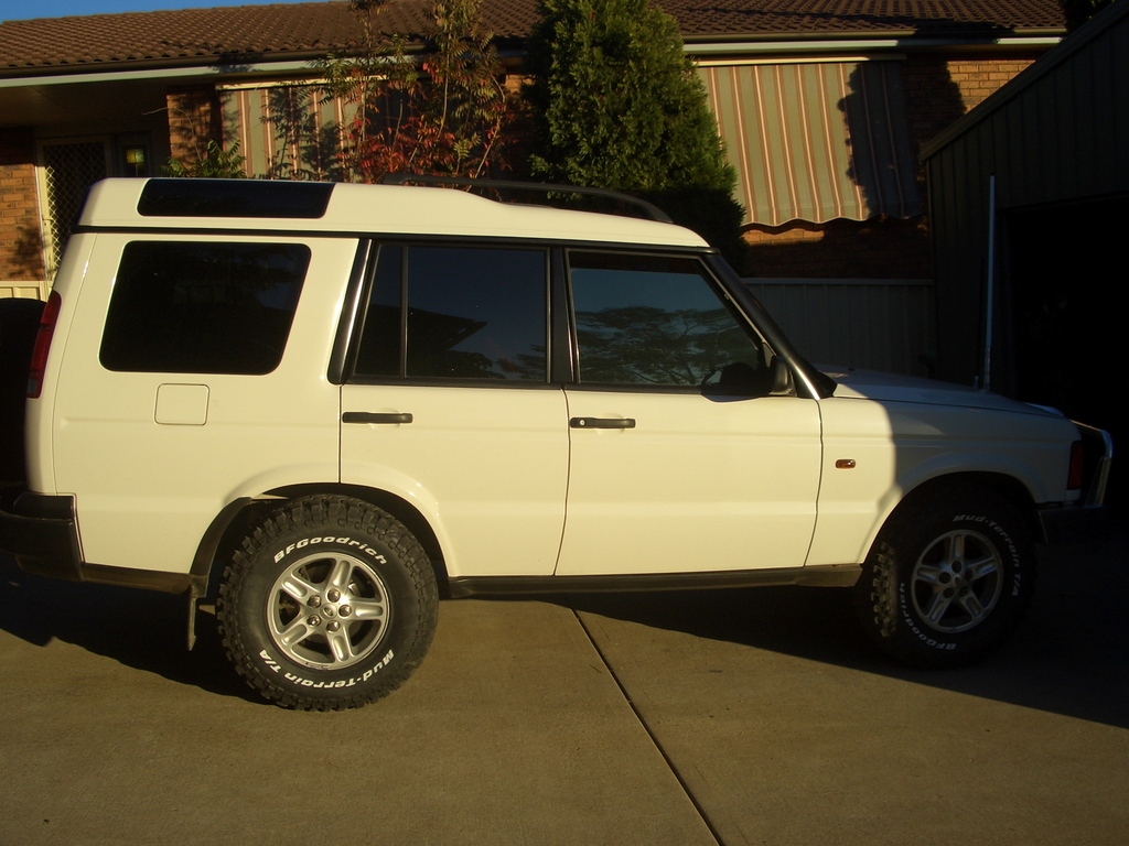 Another jordoz 2001 Land Rover Discovery post... - 11893084