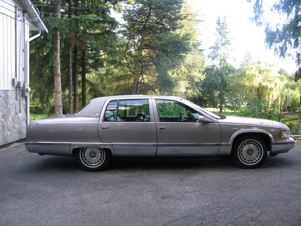 DIAMONDS-N-WOOD 1996 Cadillac Fleetwood Specs, Photos, Modification