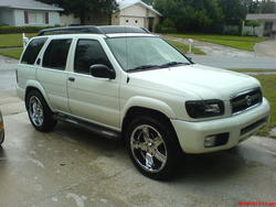 bgruhn76s 2004 Nissan Pathfinder