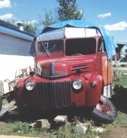 LN7_NUT 1946 Ford Cab-Chassis 9449445