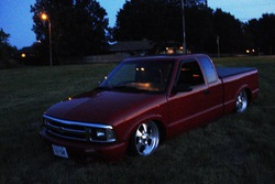 Macs_Baggeds 1997 Chevrolet S10 Regular Cab