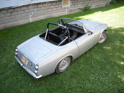 readymixs 1967 Datsun Roadster