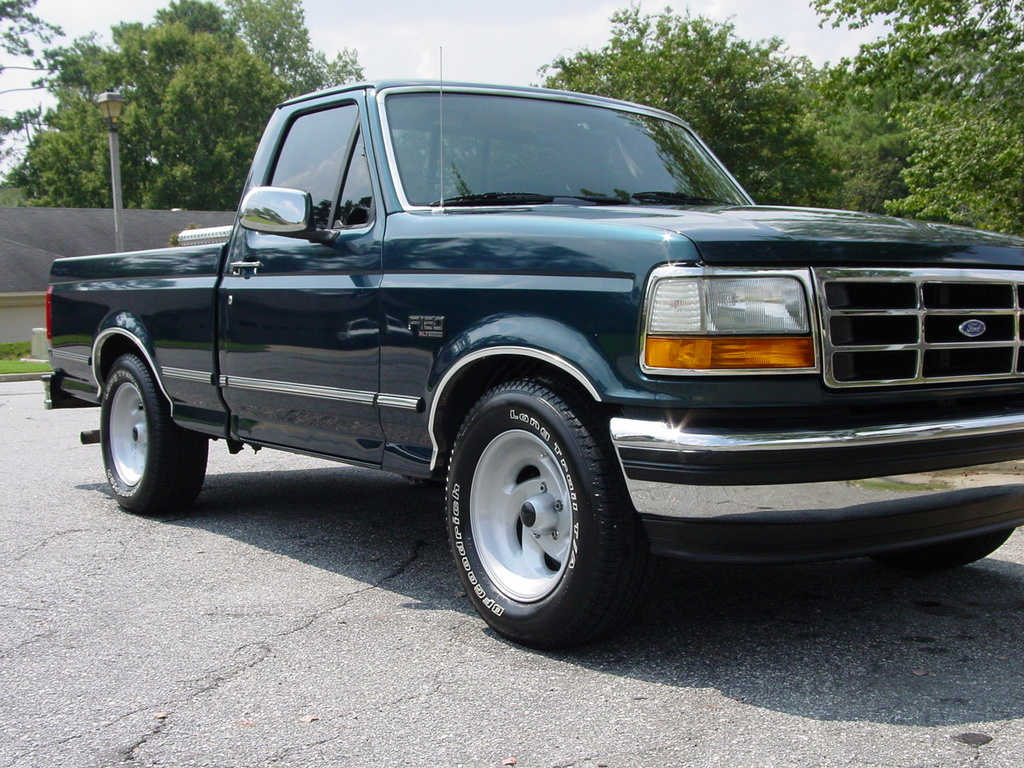 Mike86GT 1994 Ford F150 Regular Cab 11908622