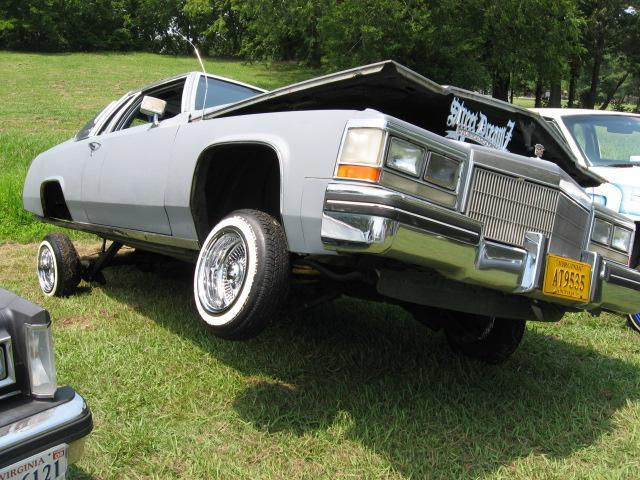 Qwill8669's 1982 Cadillac DeVille