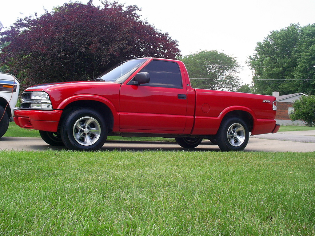 kountryboyz270 2000 chevrolet s10 regular cab specs photos modification info at cardomain. Black Bedroom Furniture Sets. Home Design Ideas