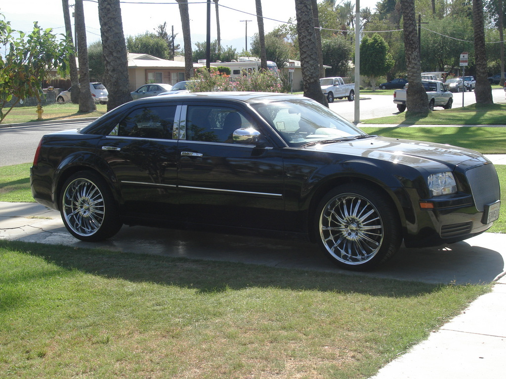 hektic28 2007 chrysler 300 specs photos modification. Black Bedroom Furniture Sets. Home Design Ideas