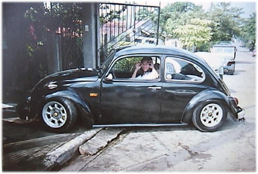 Lenkradblenden Chrom Ia Wz together with Beetleinterior Steering Wheel Vi likewise Wr Car Grande together with Vw Beetle also Z Volkswagen New Beetle Final Edition Rear Three Quarters View. on vw beetle steering s