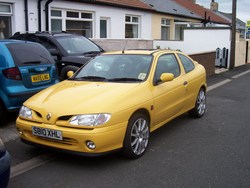Lee_Downing 1998 Renault Megane