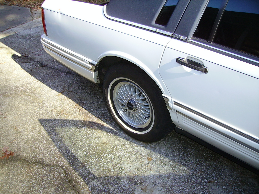 Another TheCaesar 1993 Lincoln Town Car post... - 12166206