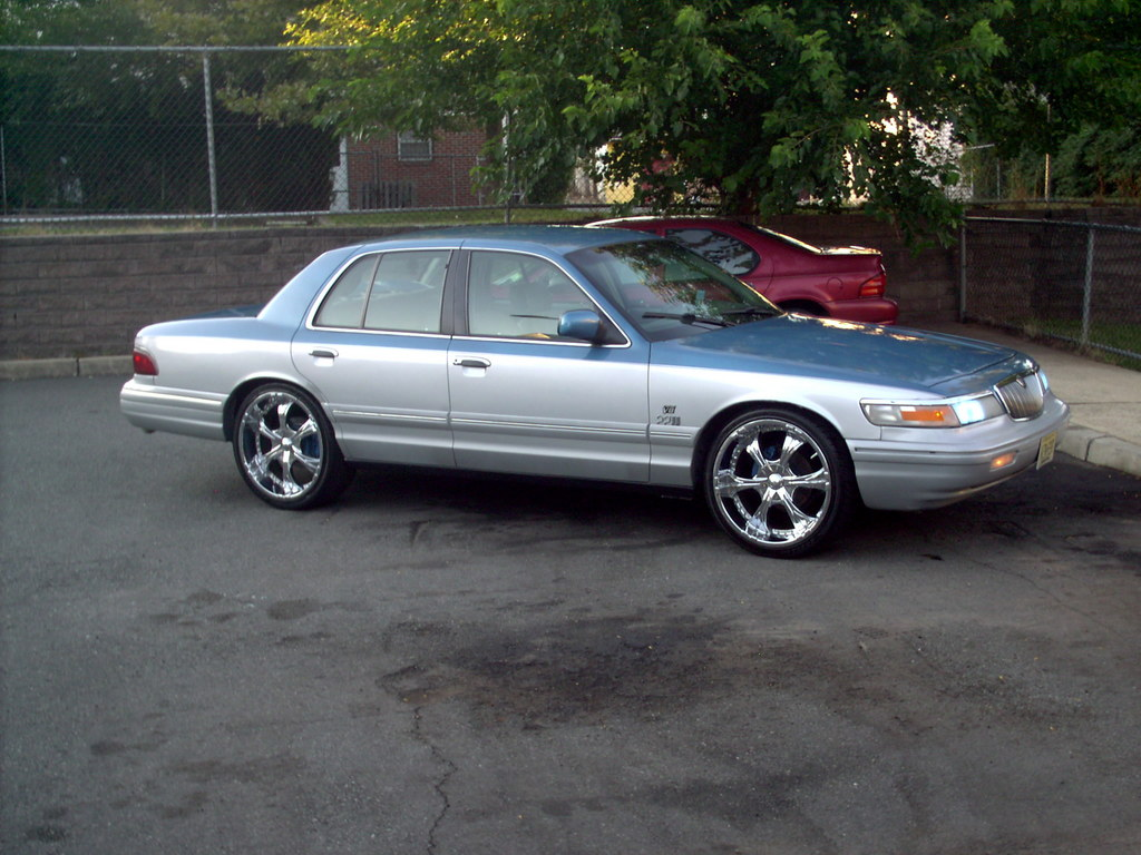 Master Auto 1 1995 Mercury Grand Marquis Specs Photos Modification Info At Cardomain