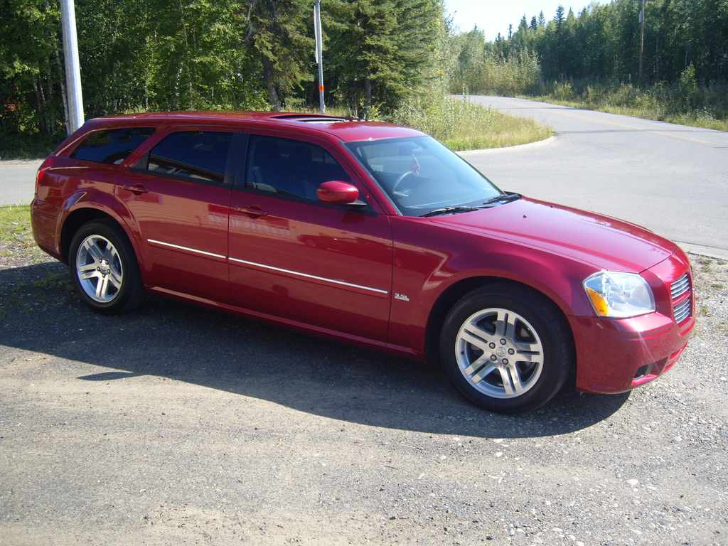 Another DUaleroRO 2006 Dodge Magnum post... - 11933545