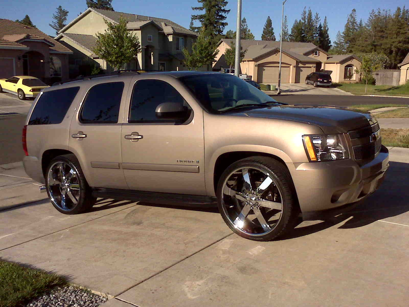 gfride14 2007 chevrolet tahoe specs photos modification info at cardomain. Black Bedroom Furniture Sets. Home Design Ideas