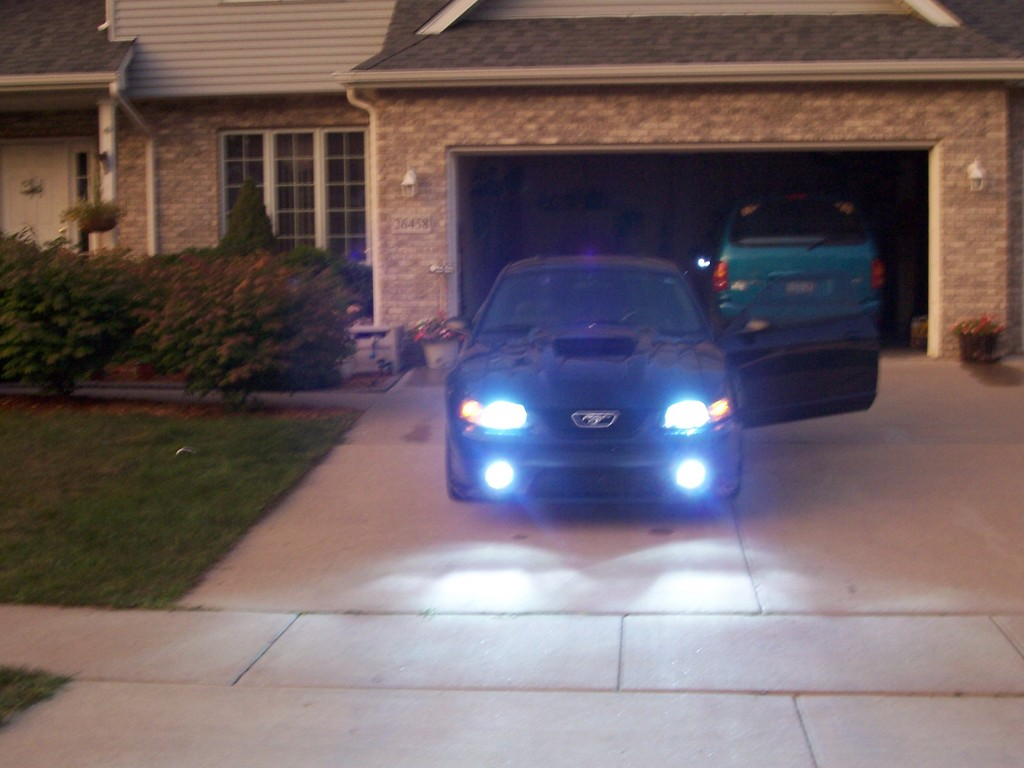 Another babyhue 2003 Ford Mustang post... - 11943472