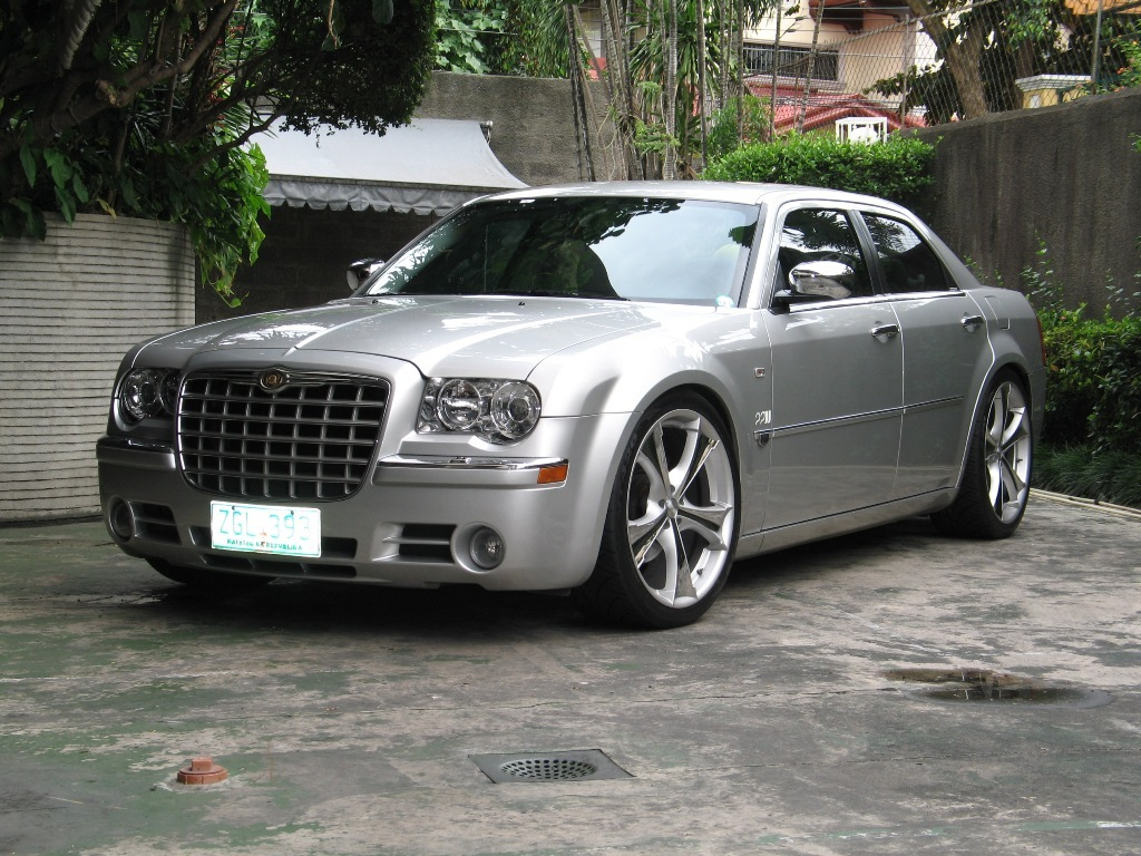 Barnbig 2007 chrysler 300 specs photos modification info - 2007 chrysler 300 custom interior ...