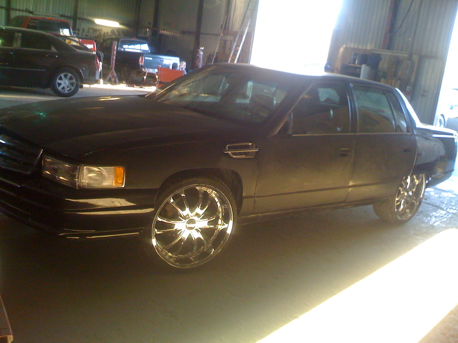 Another slabish-havits 1994 Cadillac DeVille post... - 11962431
