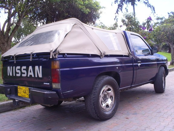 jpsnitro9 1999 Nissan D21 Pick-Up 9450078