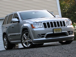 QBNKIDs 2008 Jeep Grand Cherokee