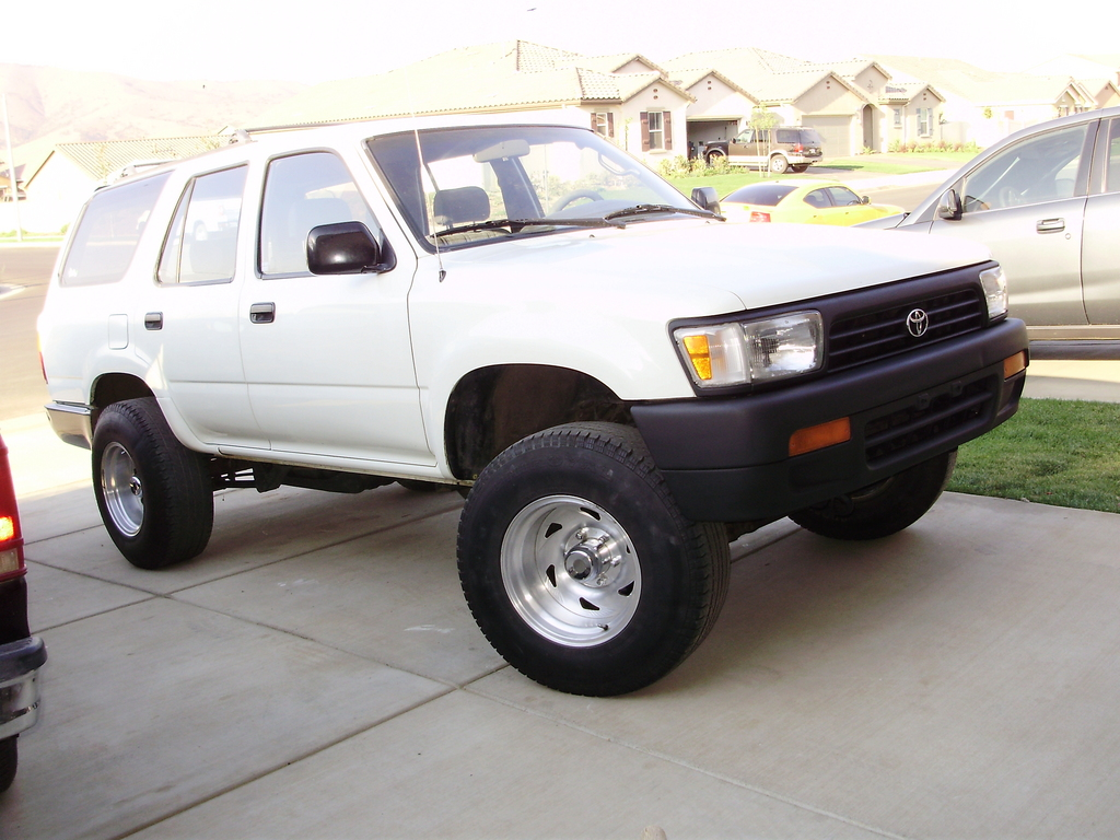 Runner 661 1994 Toyota 4runner Specs Photos Modification Info At Cardomain