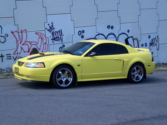 SpringEdition-GT 2000 Ford Mustang