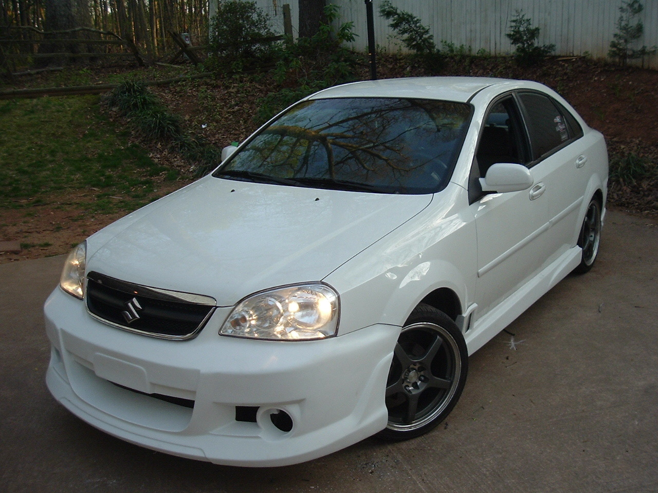 anthony73's 2006 Suzuki Forenza