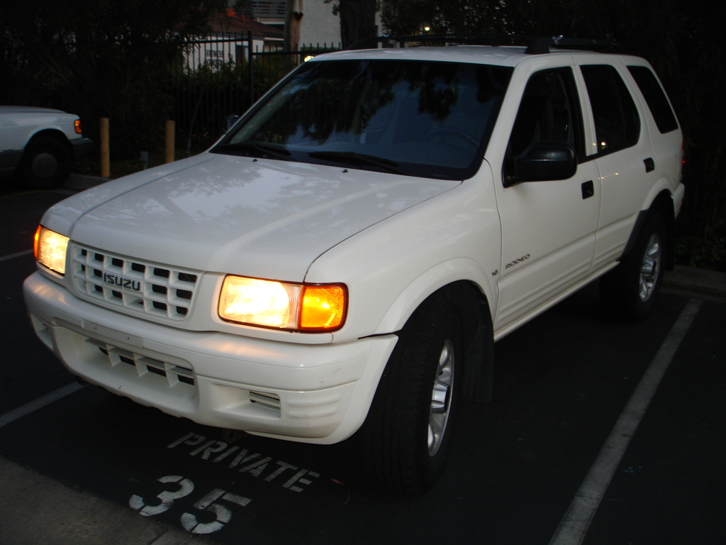 giancac 1998 isuzu rodeo specs photos modification info. Black Bedroom Furniture Sets. Home Design Ideas