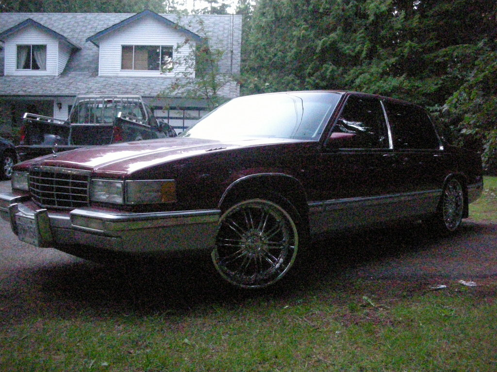 93-caddy 1993 Cadillac DeVille 11975766
