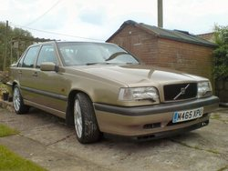 ROB892s 1996 Volvo 850