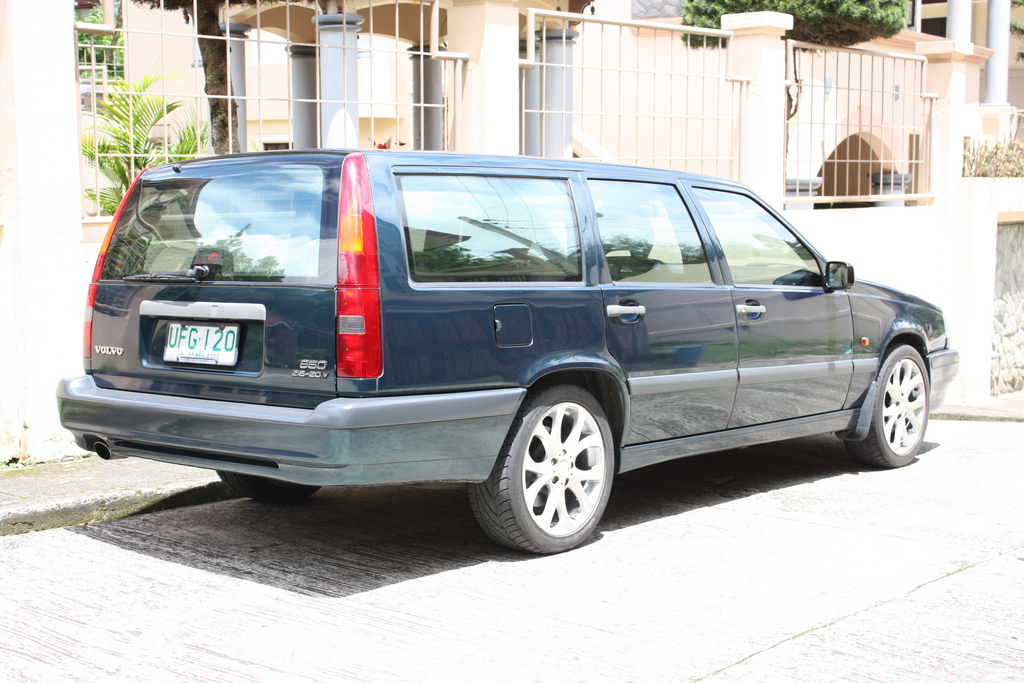 Another 8800621 1996 Volvo 850 post... - 11979813