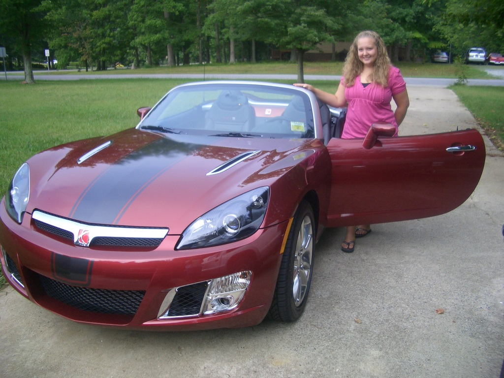 bradysky 2009 saturn sky specs photos modification info at cardomain. Black Bedroom Furniture Sets. Home Design Ideas