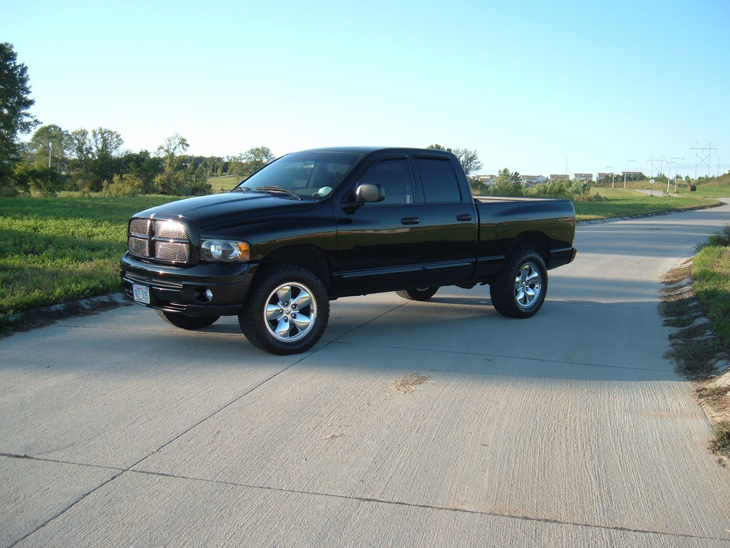 mychevy1 2005 dodge ram 1500 regular cab specs photos. Black Bedroom Furniture Sets. Home Design Ideas