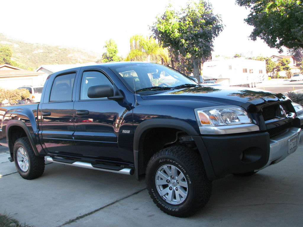 ogmaverickl1 2006 mitsubishi raider extended cab specs. Black Bedroom Furniture Sets. Home Design Ideas