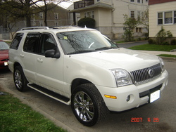 JM_RANCH 2004 Mercury Mountaineer