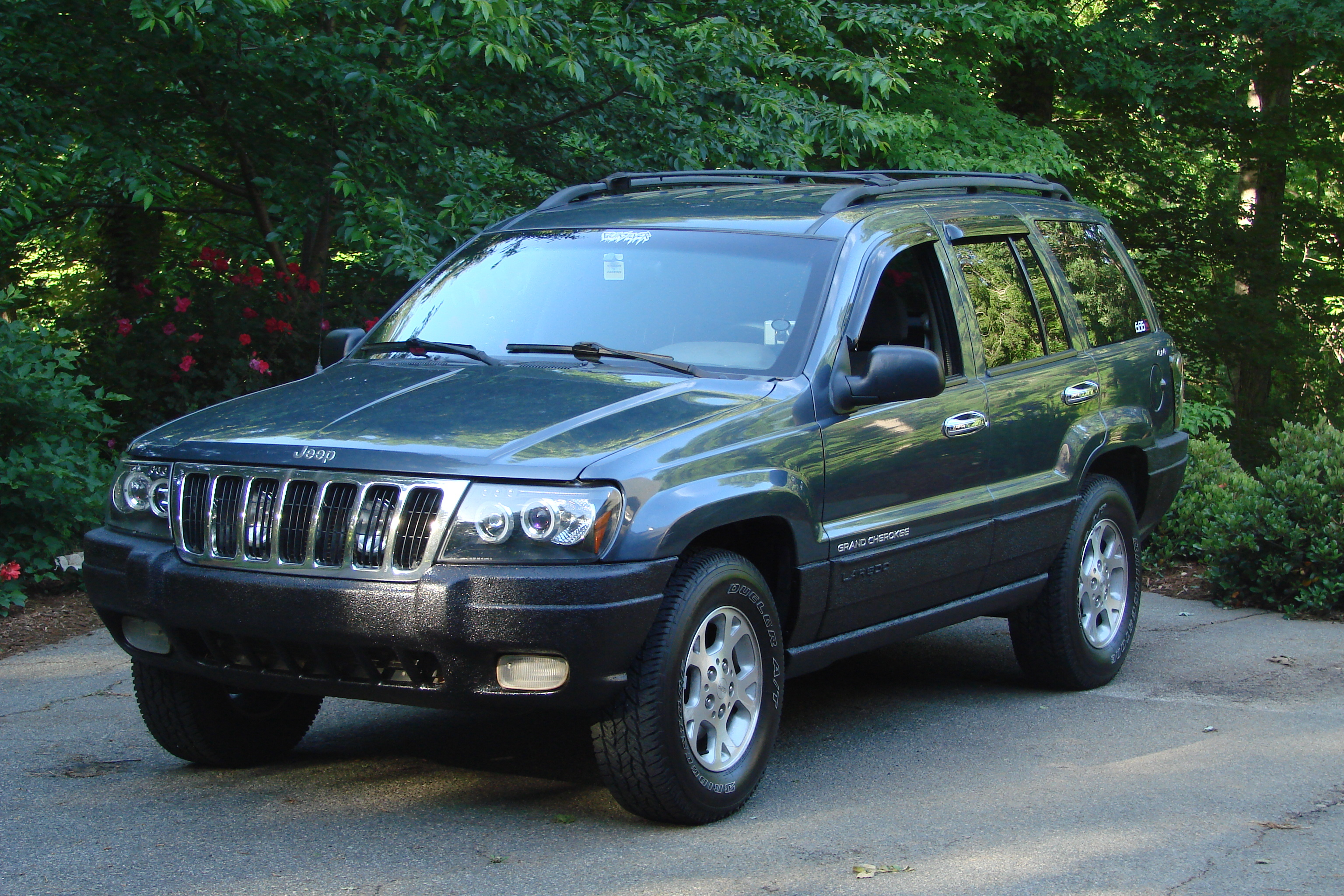 rlewi09 2000 jeep grand cherokee specs photos modification info at cardomain. Black Bedroom Furniture Sets. Home Design Ideas