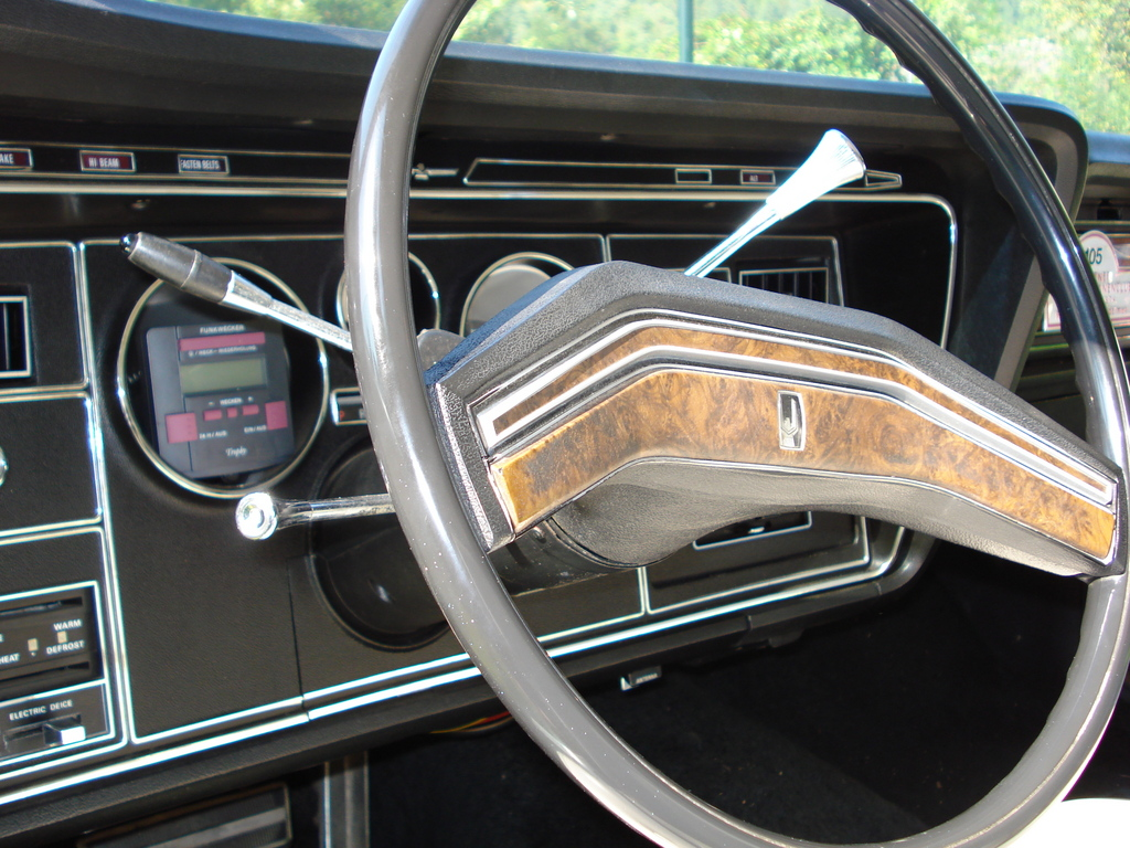 Another tbaustria 1976 Ford Thunderbird post... - 12011211