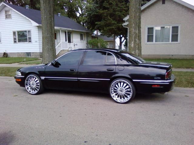 Large on 2003 Buick Park Avenue Ultra