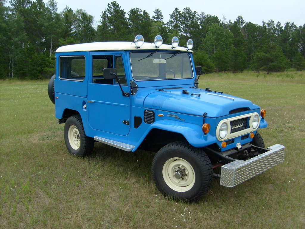 Jdbecker13 1969 toyota land cruiser