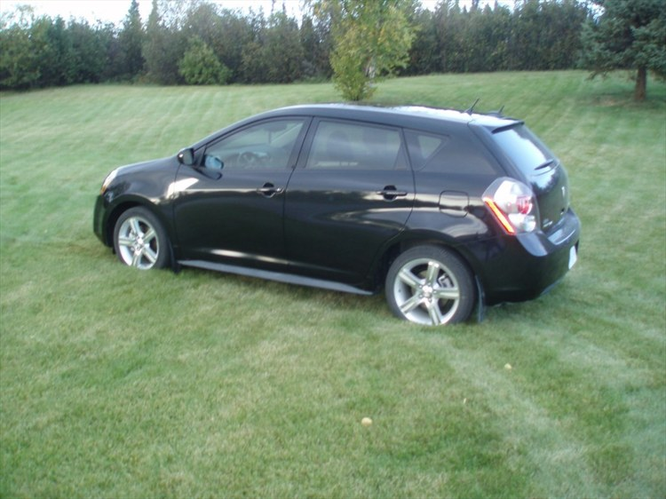 avalanchemax 2009 pontiac vibe specs photos modification. Black Bedroom Furniture Sets. Home Design Ideas