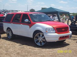 RingoVs 1999 Ford Expedition