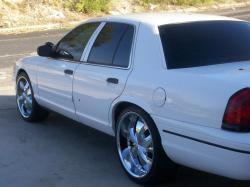 LILTXBOYs 2000 Ford Crown Victoria