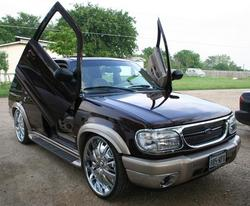 GETLOW23s 2000 Ford Explorer