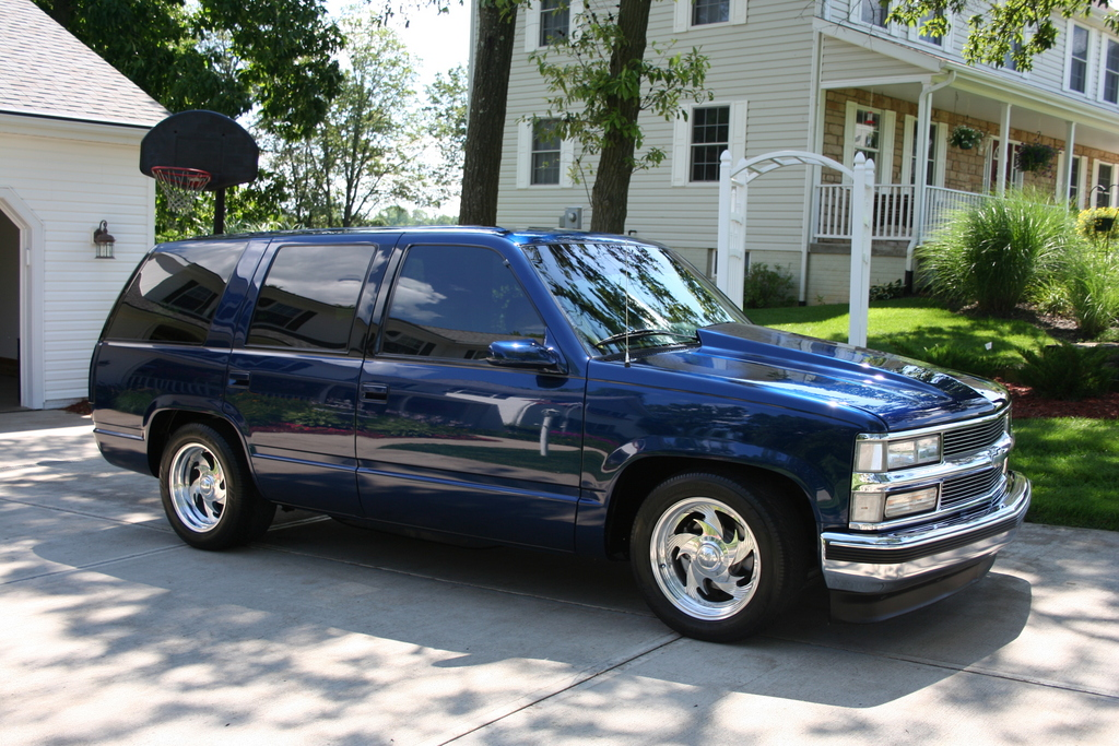 Image Gallery 1995 Suburban Lowered