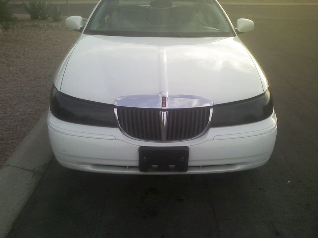 Jerbear19 1998 Lincoln Town Car Specs Photos Modification Info At