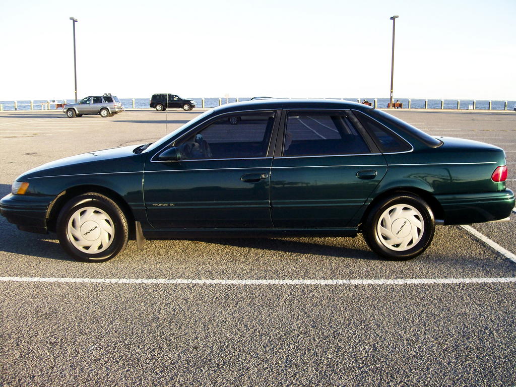 muff daddy gq 1994 ford taurus specs photos modification. Black Bedroom Furniture Sets. Home Design Ideas