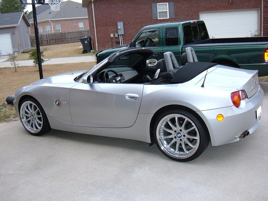 Zerofoo 2003 Bmw Z4 Specs Photos Modification Info At Cardomain