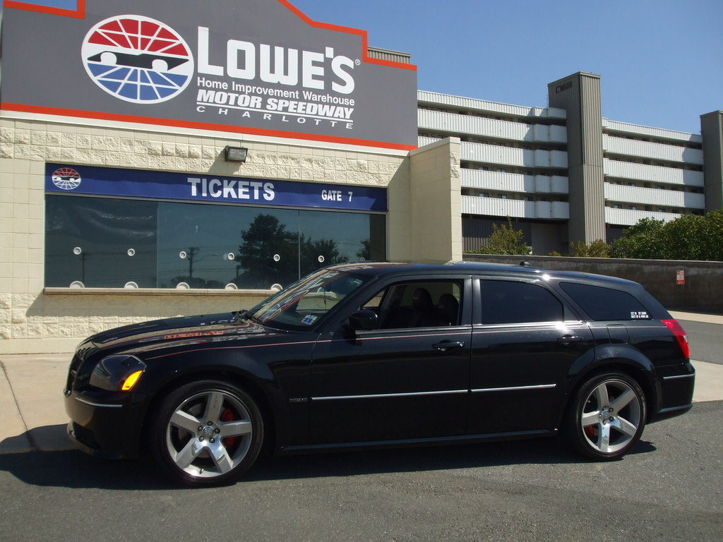 Another notpaid4msrt 2006 Dodge Magnum post... - 13555744