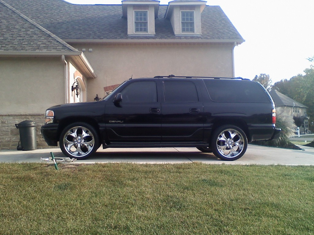 kniffin 2004 gmc yukon denali specs photos modification. Black Bedroom Furniture Sets. Home Design Ideas