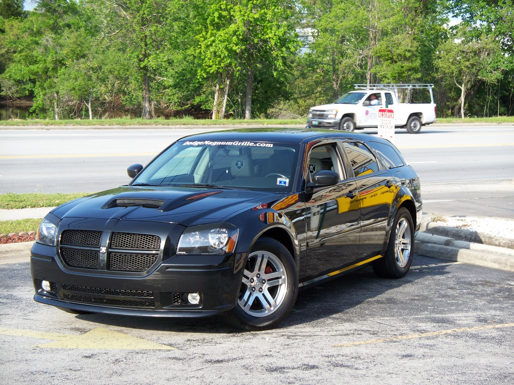 nc sxt 2005 dodge magnum specs photos modification info. Black Bedroom Furniture Sets. Home Design Ideas