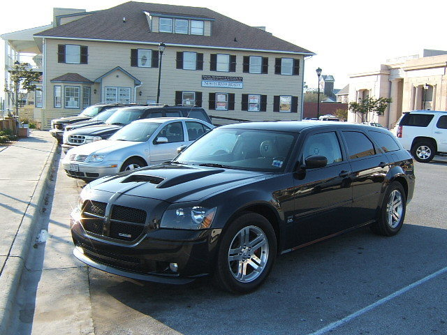 Nc Sxt 2005 Dodge Magnum S Photo Gallery At Cardomain