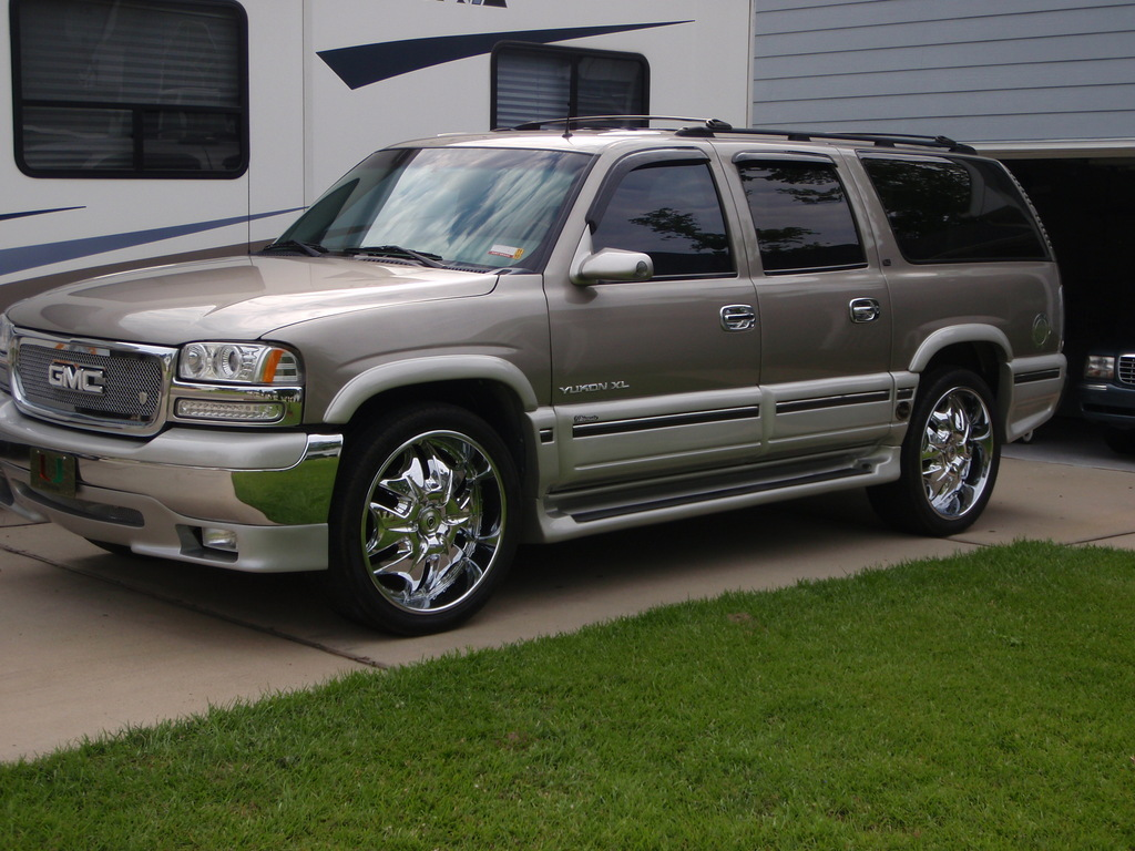 mrfunkyj17 2002 gmc yukon specs photos modification info. Black Bedroom Furniture Sets. Home Design Ideas